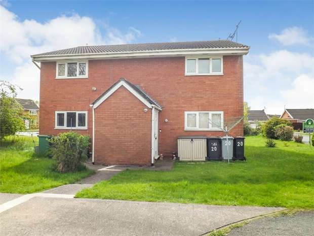 1 Bedroom Flat for sale in Holbury Close, Crewe, Cheshire