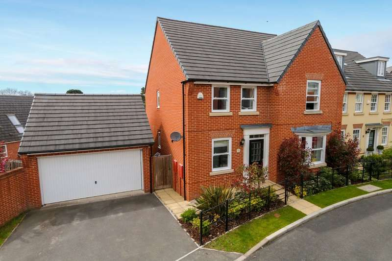 4 Bedrooms Detached House for sale in Beacon Drive, Newton Abbot