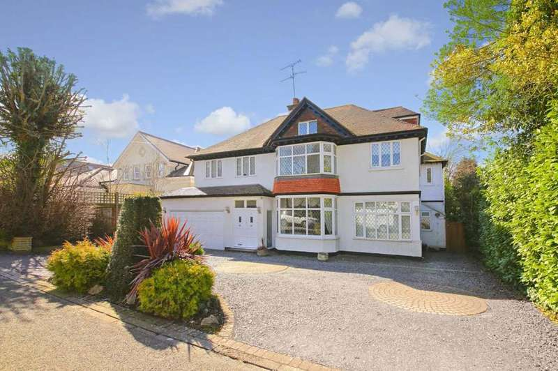 6 Bedrooms Detached House for sale in The Avenue, Radlett