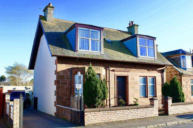 2 Bedrooms Apartment Flat for sale in Hawkhill Avenue, Ayr