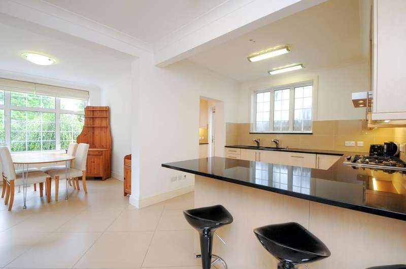 6 Bedrooms House for rent in Beaufort Road London W5