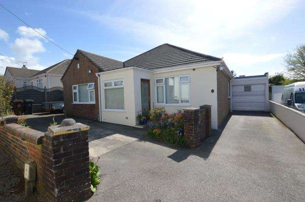 4 Bedrooms Detached Bungalow for sale in Colliers Close, Wembury, Plymouth