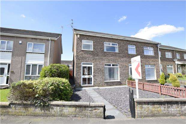 3 Bedrooms Semi Detached House for sale in Grimsbury Road, Kingswood, BS15 9SD