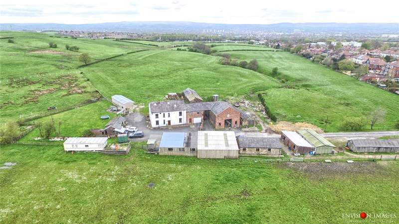7 Bedrooms Equestrian Facility Character Property for sale in Oldham Road, Thornham, Greater Manchester, OL11