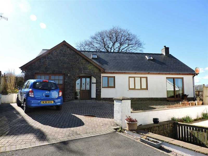 2 Bedrooms Detached Bungalow for sale in Green Meadow, New Inn