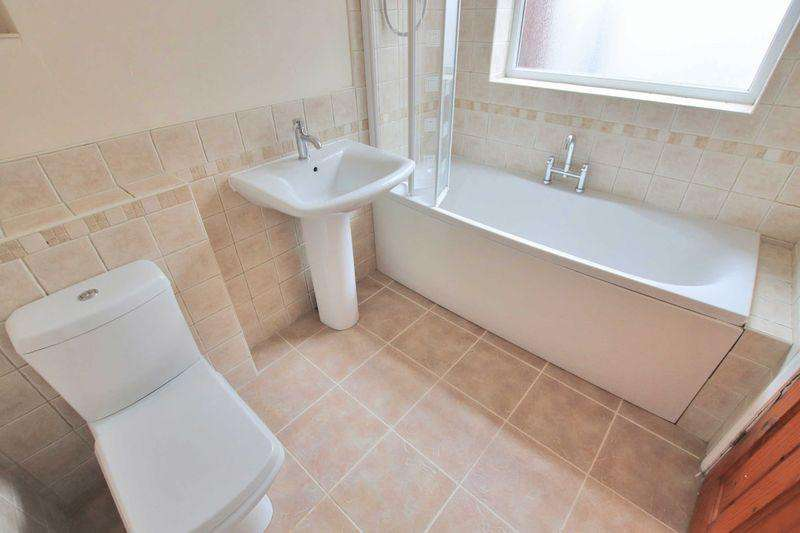 3 Bedrooms End Of Terrace House for sale in Dundas Street, Loftus
