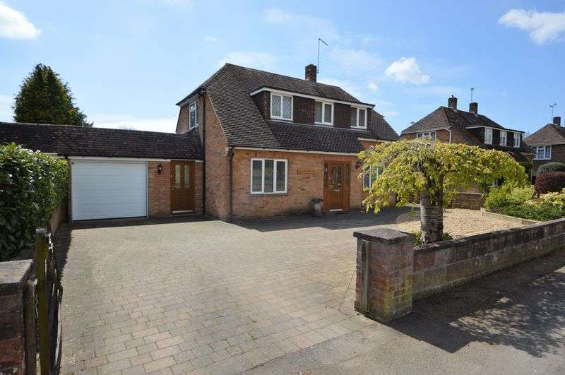 4 Bedrooms Property for sale in Southwick Road, Denmead