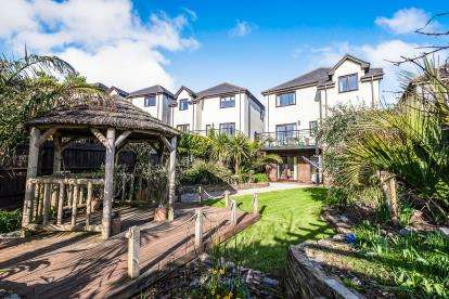 5 Bedrooms Detached House for sale in Dartmouth, Devon