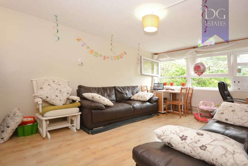 2 Bedrooms Flat for sale in Basil Spence House, Bowes Park