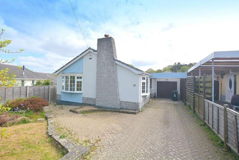 3 Bedrooms Detached Bungalow for sale in Hawk Close, Wimborne