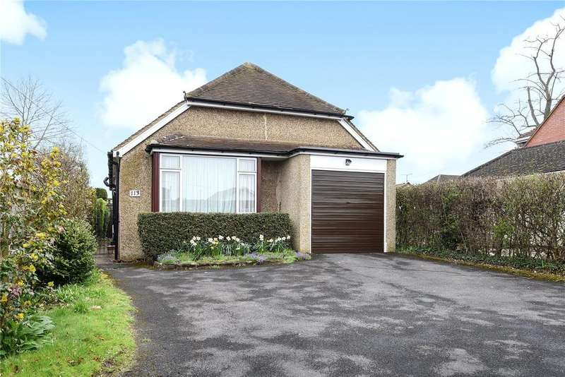 2 Bedrooms Detached Bungalow for sale in Loddon Bridge Road, Woodley, Reading, Berkshire, RG5