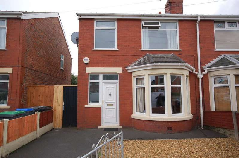 3 Bedrooms Semi Detached House for sale in 44 Selby Avenue