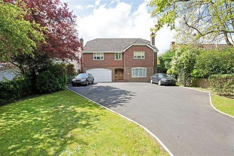 6 Bedrooms Detached House for sale in Alleyn Park, London