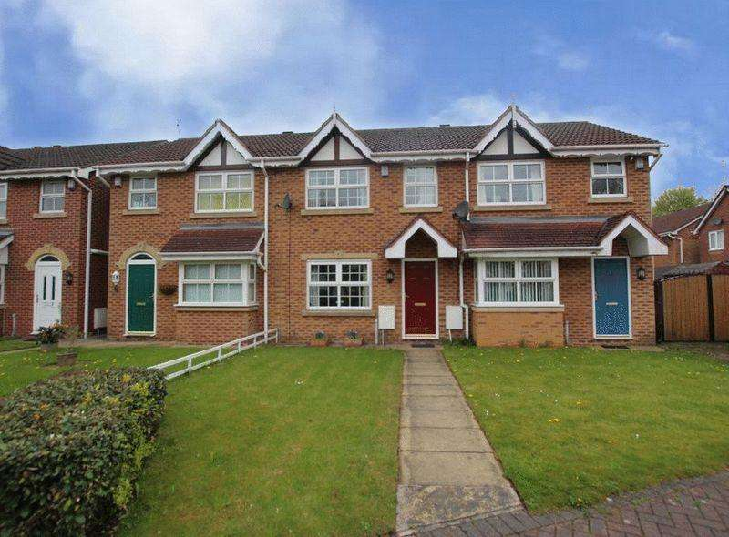 2 Bedrooms Terraced House for sale in Perry Close, Rochdale OL11 4NJ