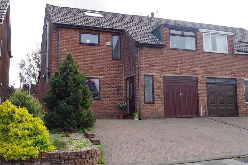3 Bedrooms Semi Detached House for sale in Nightingale Road, Blackrod, Bolton