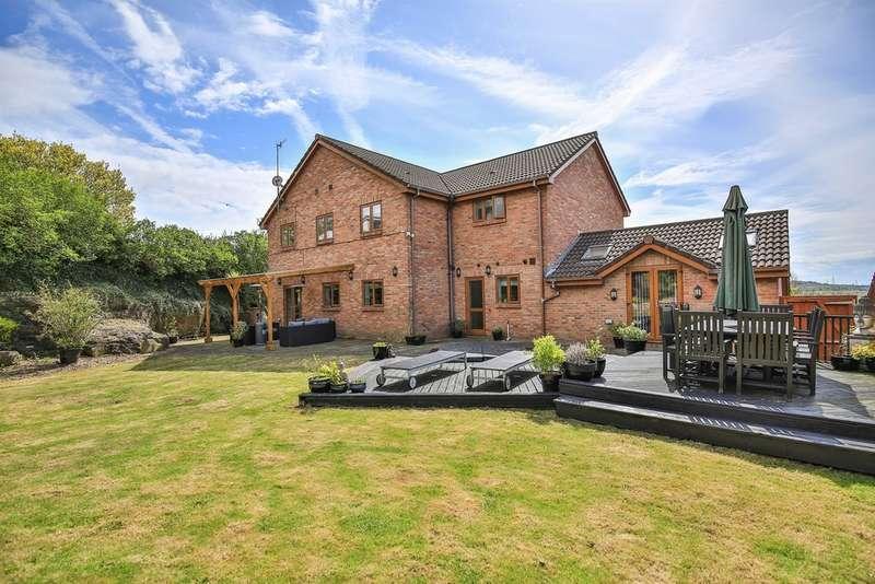 5 Bedrooms Detached House for sale in Rose Villas, Skewen, Neath