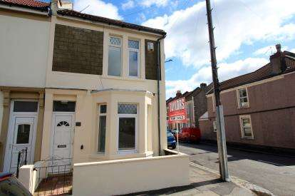 House for sale in Chessel Street, Bedminster, Bristol
