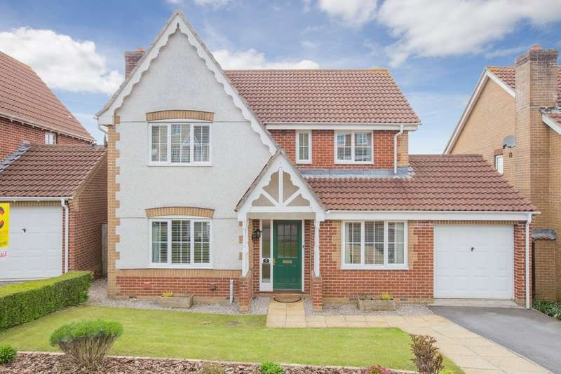 4 Bedrooms Detached House for sale in Abbotswood, Kingsteignton