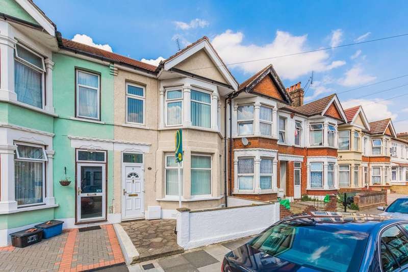 3 Bedrooms End Of Terrace House for sale in Hickling Road, Ilford, IG1
