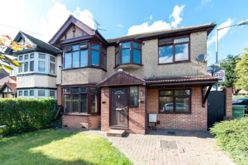 5 Bedrooms Semi Detached House for sale in Crawley Green Road, Luton, Bedfordshire, LU2 0QN