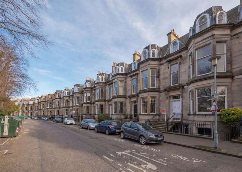 2 Bedrooms Flat for rent in DOUGLAS CRESCENT, WEST END, EH12 5BB