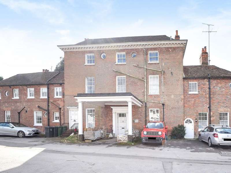 3 Bedrooms Apartment Flat for sale in Calcot Grange House, Mill Lane, Reading, RG31