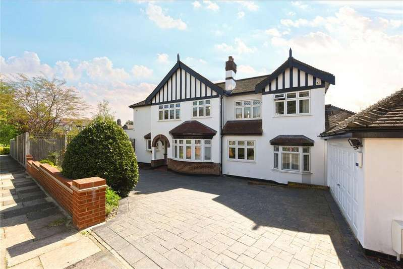 4 Bedrooms Semi Detached House for sale in Worcester Crescent, Woodford Green, Essex, IG8