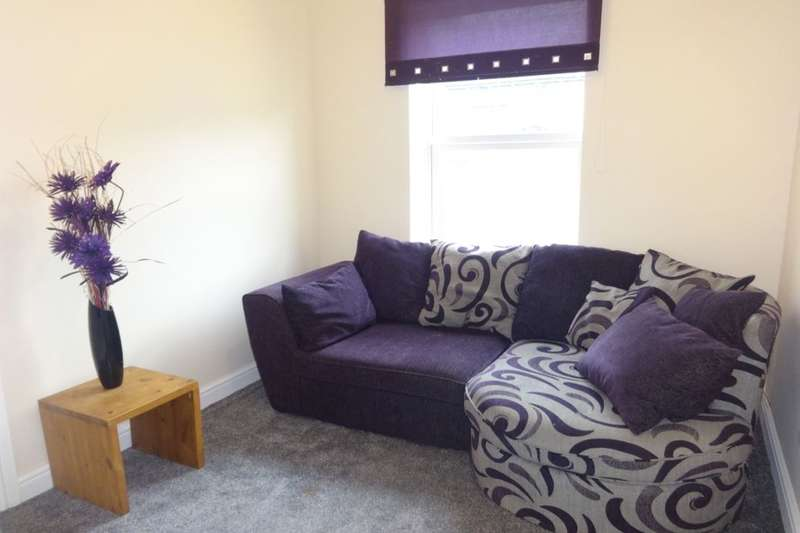 1 Bedroom Flat for rent in First Floor Flat St. Johns Road, Cudworth, Barnsley, S72
