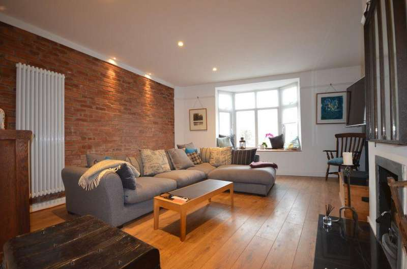 3 Bedrooms House for sale in Brunswick Place, Dawlish, EX7