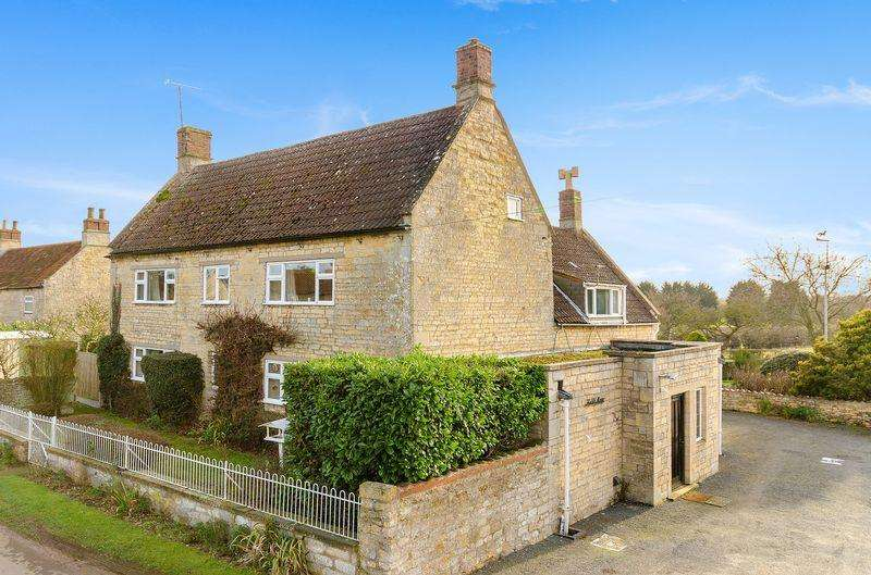 4 Bedrooms Detached House for sale in The Old Manor, Charity Street, Carlton Scroop