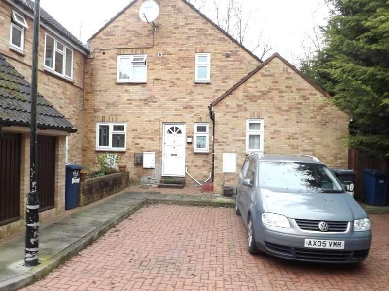 2 Bedrooms Ground Maisonette Flat for sale in Booth Road, Colindale
