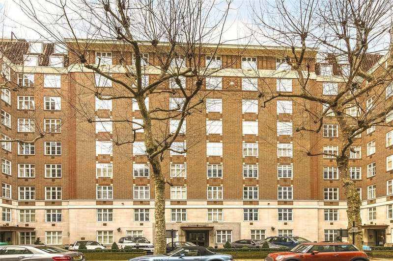 3 Bedrooms Flat for sale in Chesterfield House, Chesterfield Gardens, London