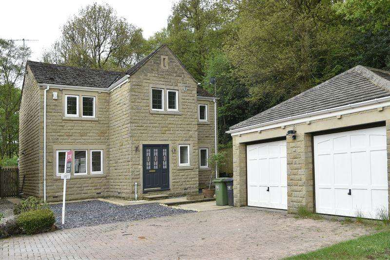 4 Bedrooms Detached House for rent in Holmebank Mews, Holmfirth, HD9
