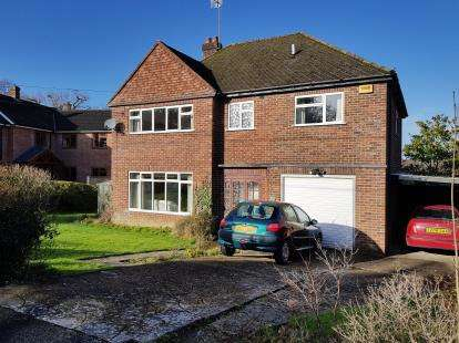 5 Bedrooms Detached House for sale in Ashurst, Southampton, Hampshire