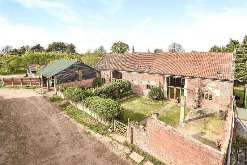 4 Bedrooms Detached House for sale in Burgh Road, Aylsham, Norwich