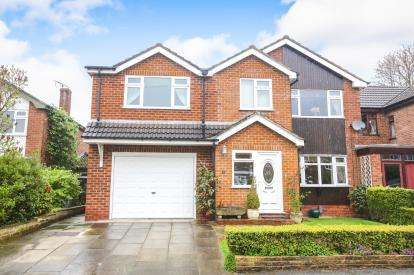 5 Bedrooms Link Detached House for sale in Lodge Road, Knutsford, Cheshire, .