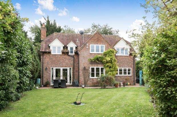 4 Bedrooms Detached House for sale in Sherborne St. John, Basingstoke, Hampshire
