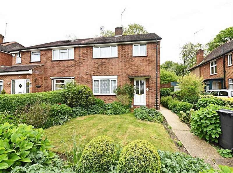 3 Bedrooms Semi Detached House for sale in Worcester Crescent, Mill Hill, London, NW7