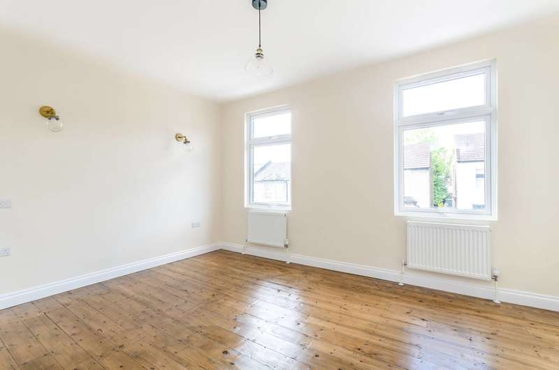 3 Bedrooms House for sale in Crowther Road, South Norwood, SE25