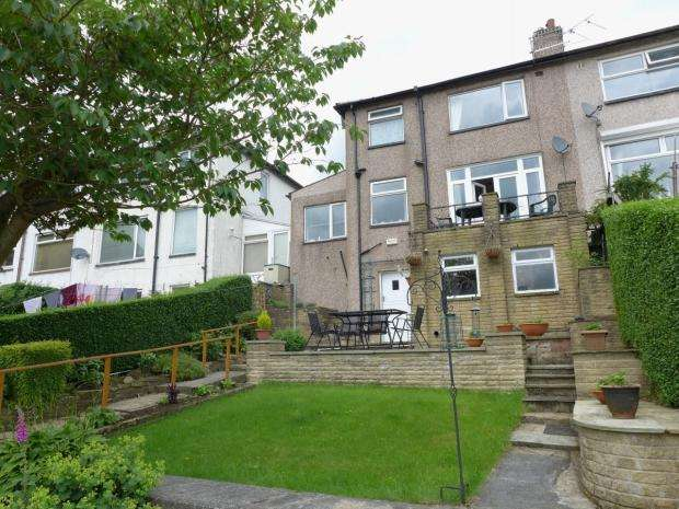 3 Bedrooms Semi Detached House for sale in Royd Street Todmorden