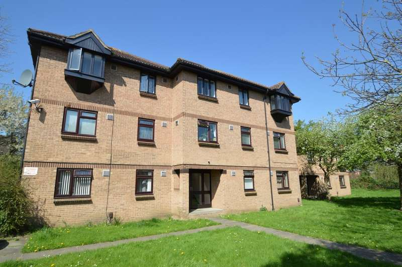 1 Bedroom Flat for sale in Vicarage Way, Colnbrook, SL3
