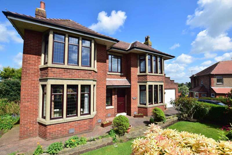 3 Bedrooms Detached House for sale in Myrtle Drive, Kirkham