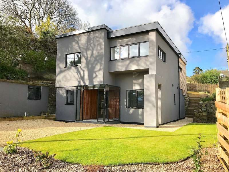 4 Bedrooms House for sale in Off Daniel Road, Truro,