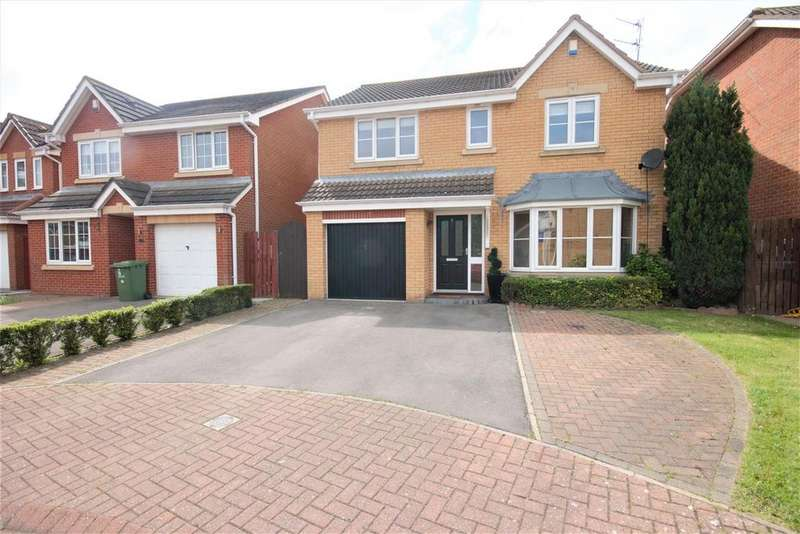 4 Bedrooms Detached House for sale in Glyder Court, Ingleby Barwick, Stockton-On-Tees