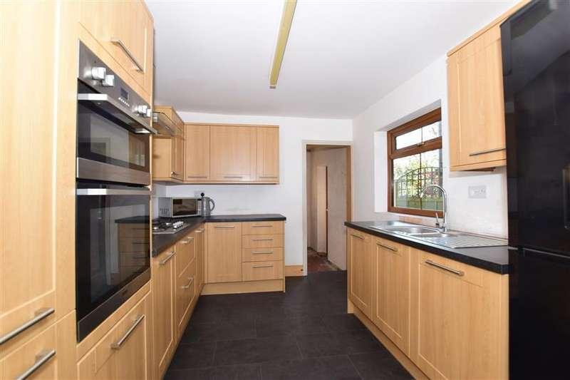 3 Bedrooms Terraced House for sale in Dover Road, Northfleet, Gravesend, Kent