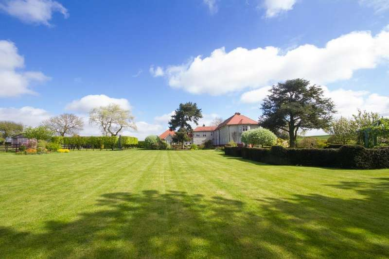 5 Bedrooms Detached House for sale in Kirby Bellars