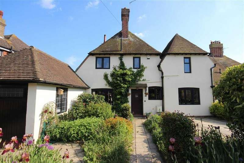 4 Bedrooms Detached House for sale in Heathfield Road, Seaford