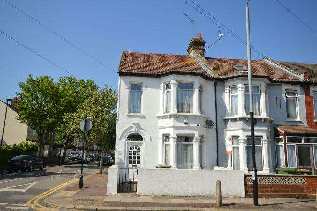 4 Bedrooms End Of Terrace House for sale in Burges Road, East Ham, London, E6
