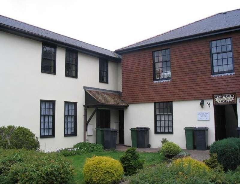1 Bedroom Flat for rent in Overton House London Road, Overton, Basingstoke, RG25