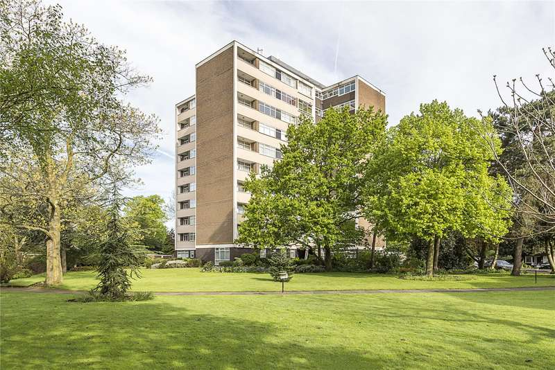 2 Bedrooms Flat for sale in The Grange, The Knoll, Ealing, W13